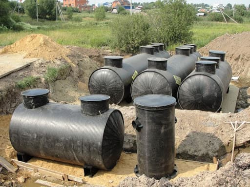 Фото подготовленных емкостей для очистных сооружений